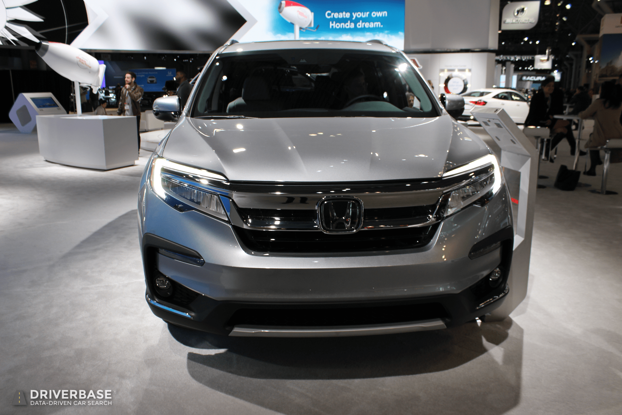 Used Cars Dealers >> 2020 Honda Pilot SUV at the 2019 New York Auto Show ...