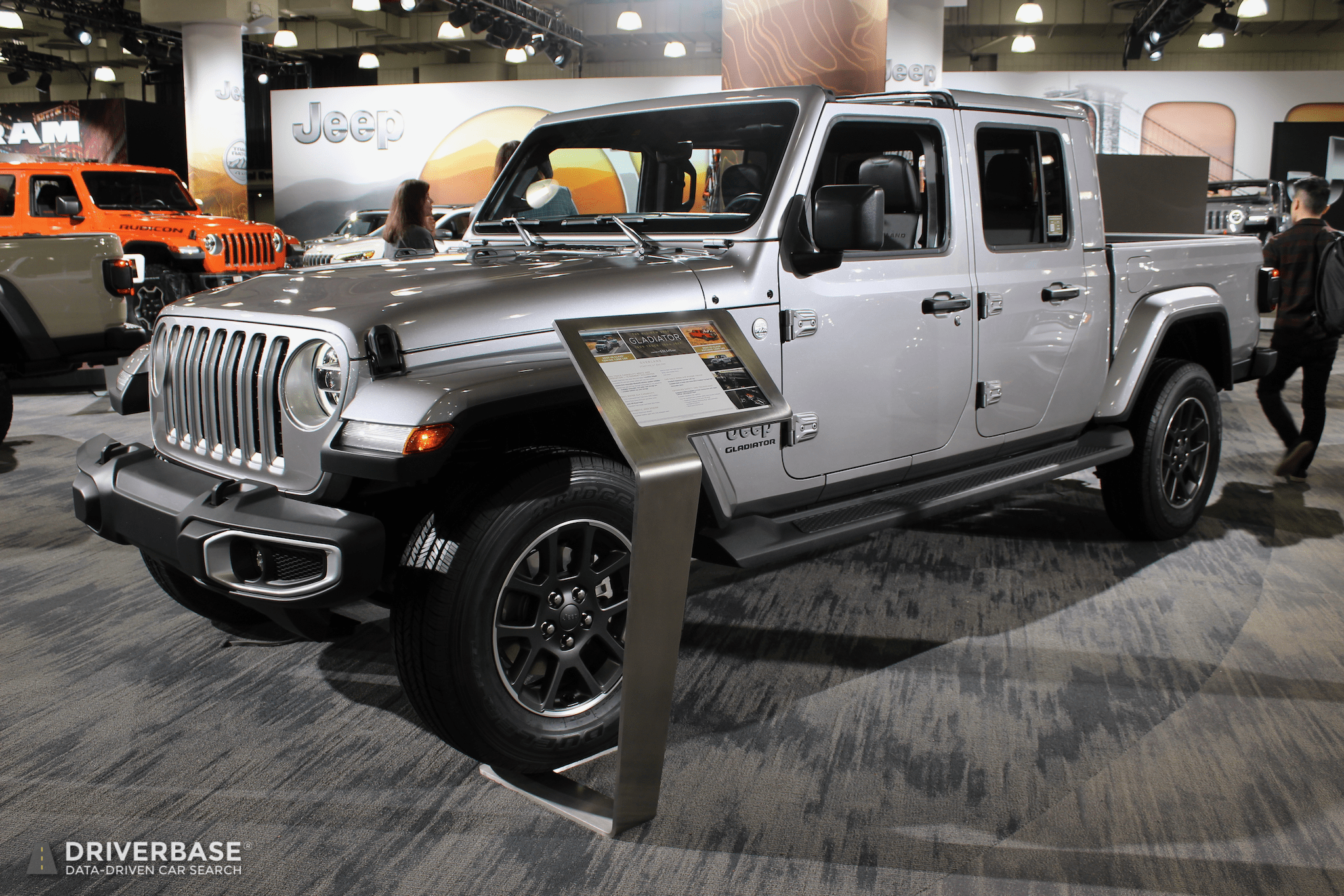 2020 Jeep Gladiator Truck at the 2019 New York Auto Show ...