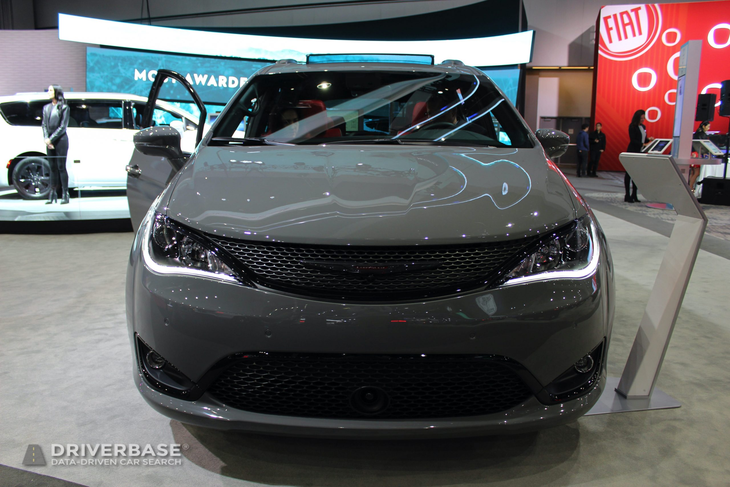 2020 Chrysler Pacifica S at the 2019 Los Angeles Auto Show