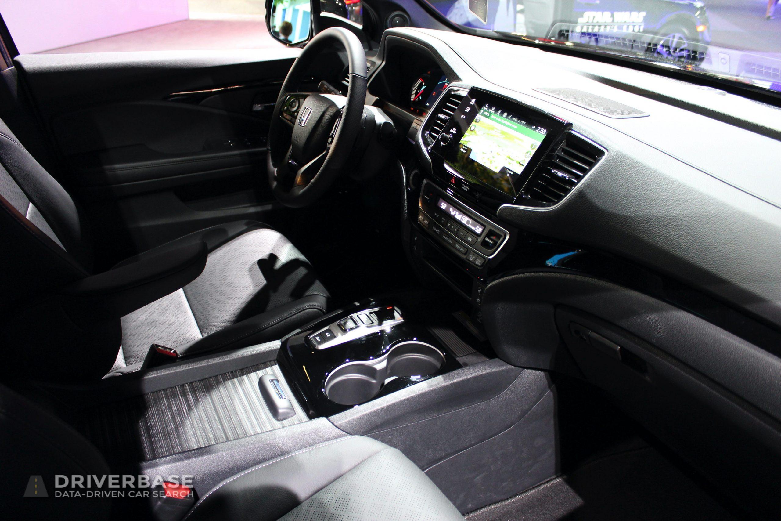 2020 Honda Passport Elite All Wheel Drive at the 2019 Los Angeles Auto Show