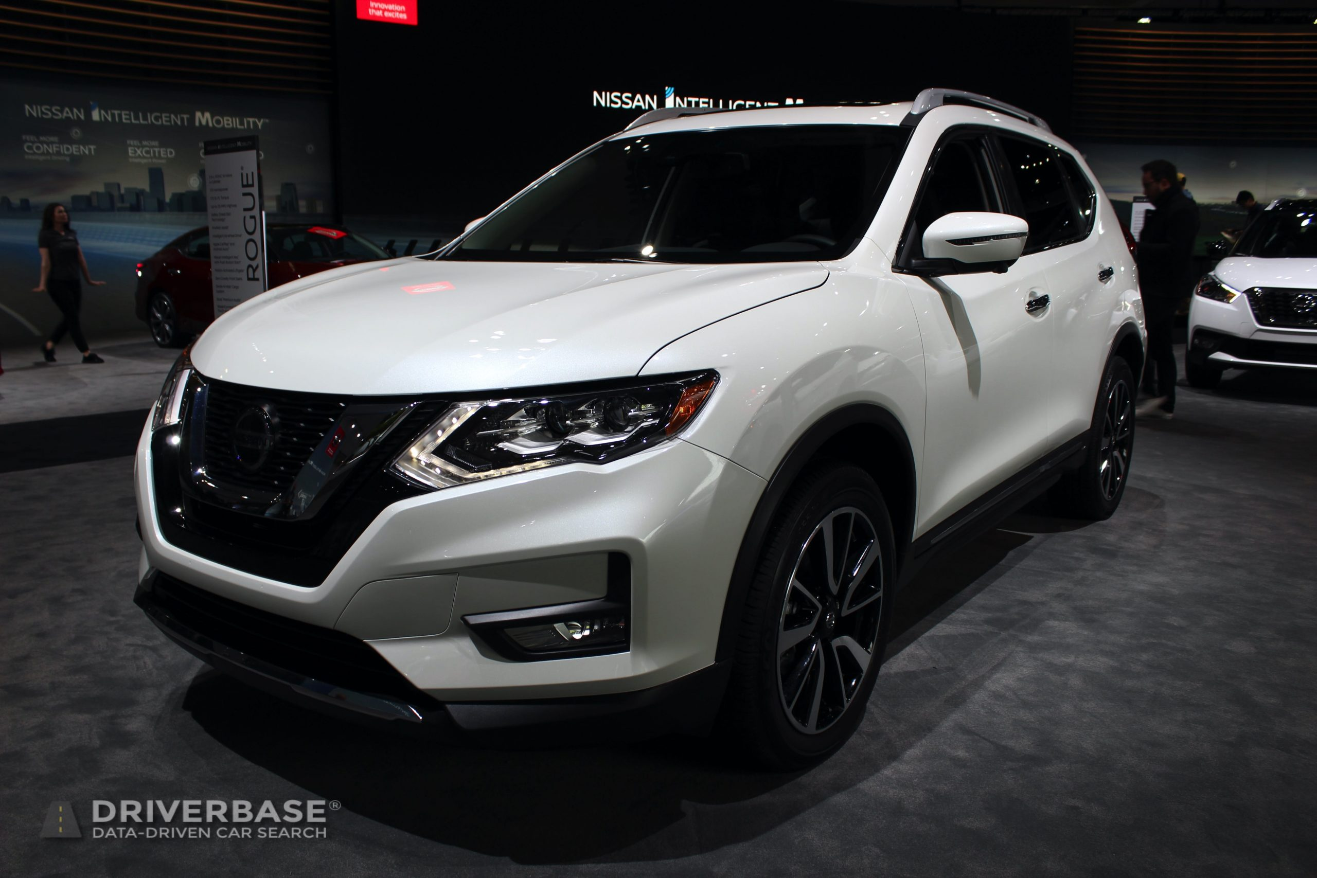 2020 Nissan Rogue SL at the 2019 Los Angeles Auto Show