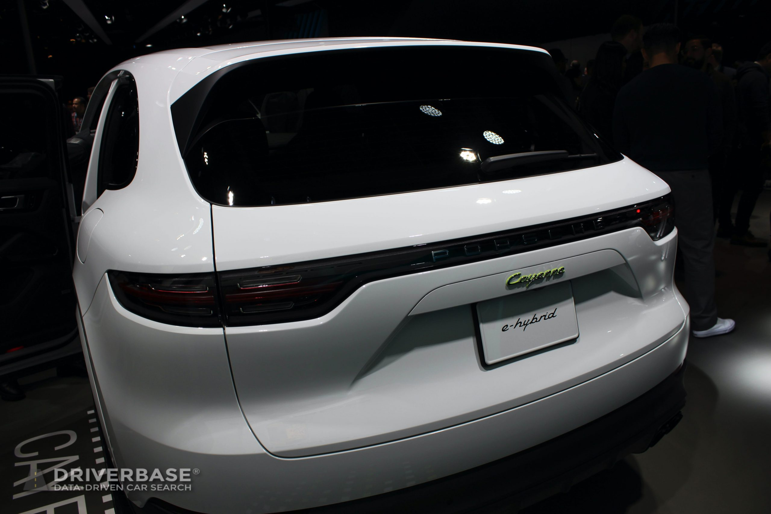 2020 Porsche Cayenne e-Hybrid at the 2019 Los Angeles Auto Show