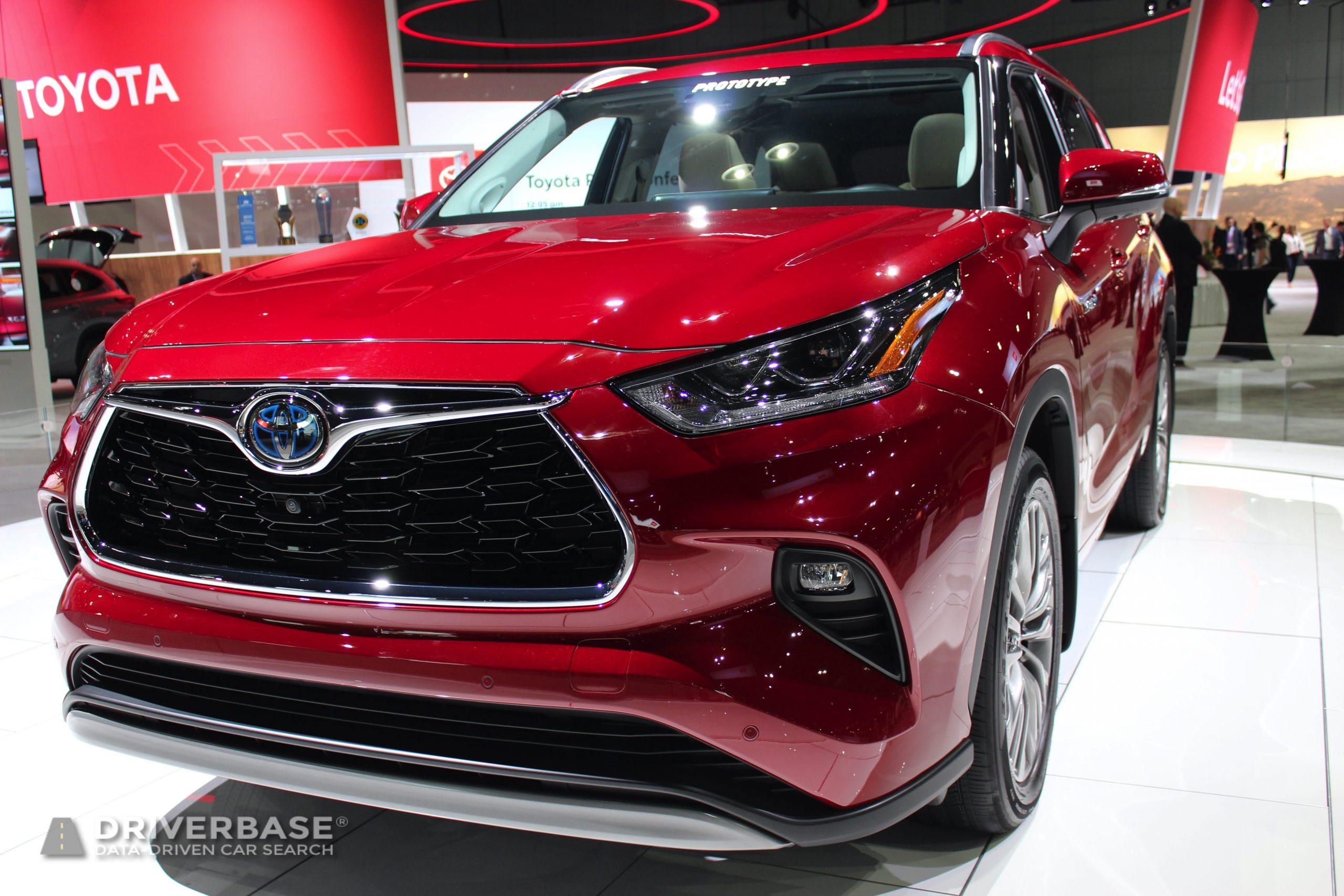 2020 Toyota Highlander Hybrid at the 2019 Los Angeles Auto Show