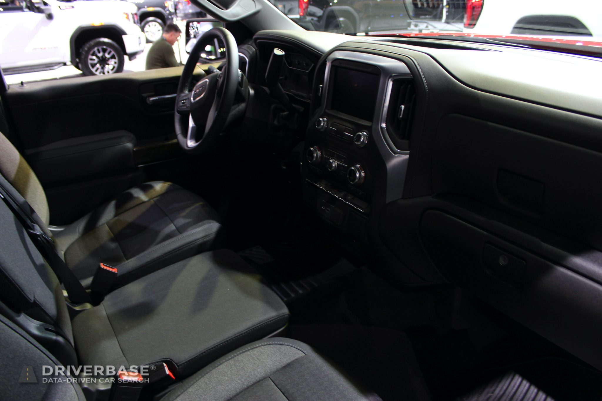 2020 GMC Sierra 1500 Elevation at the 2019 Los Angeles Auto Show