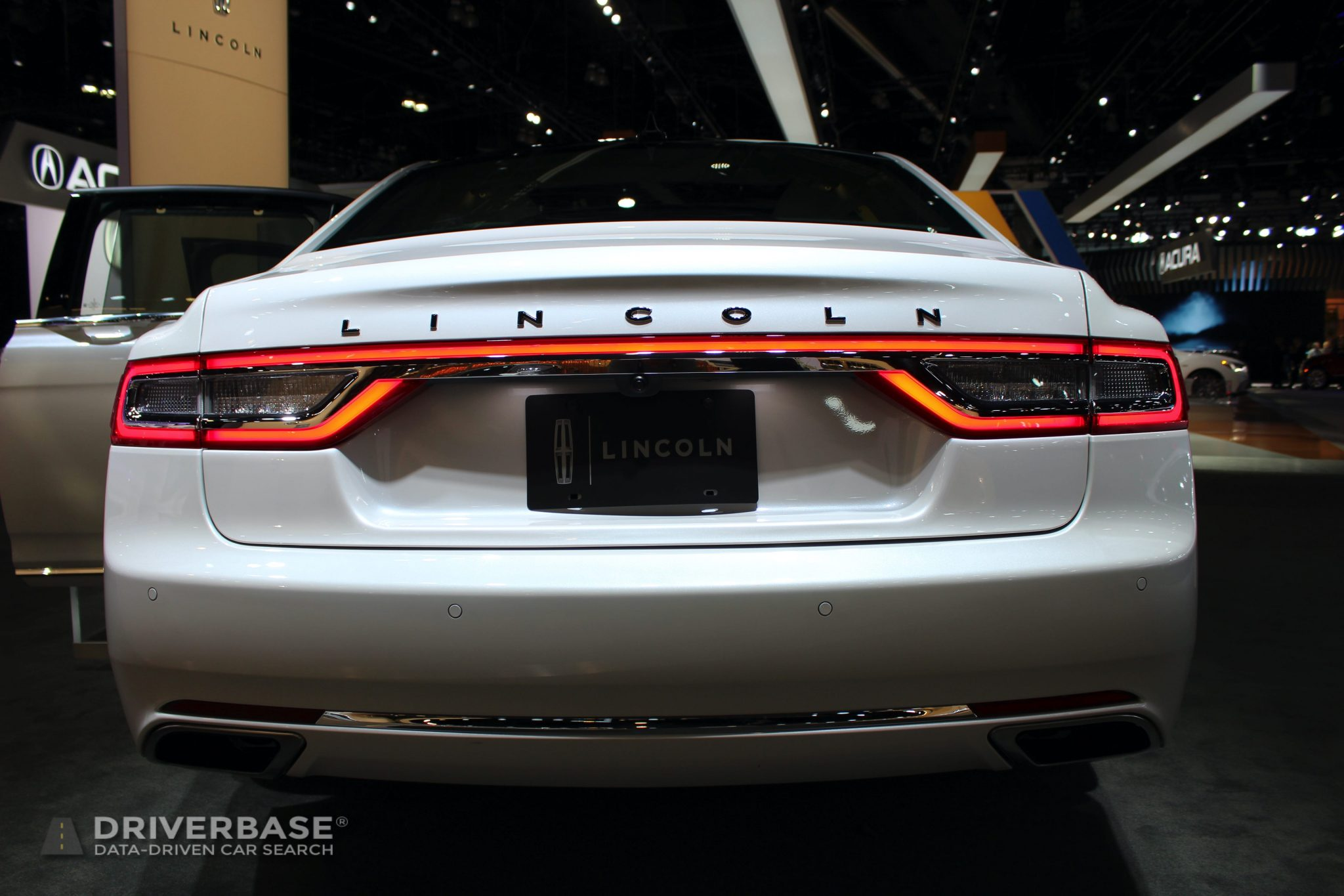 2020 Lincoln Continental Coach Door at the 2019 Los Angeles Auto Show
