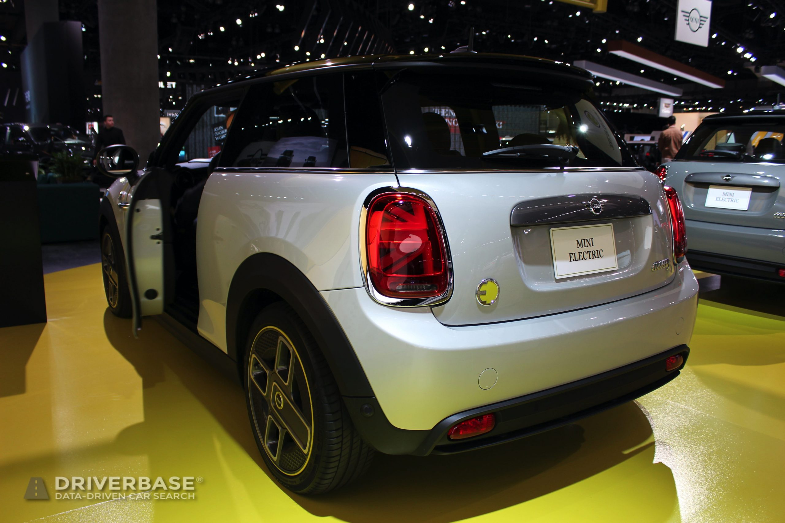 2020 MINI Cooper S Electric at the 2019 Los Angeles Auto Show