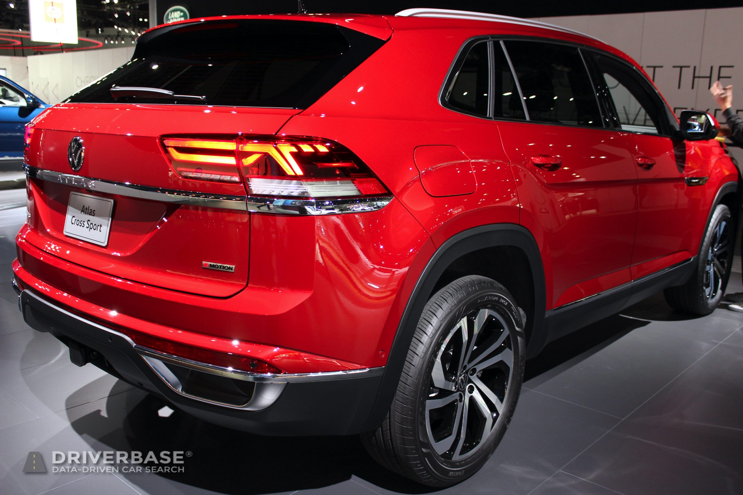 2020 Volkswagen Atlas Cross Sport at the 2019 Los Angeles Auto Show