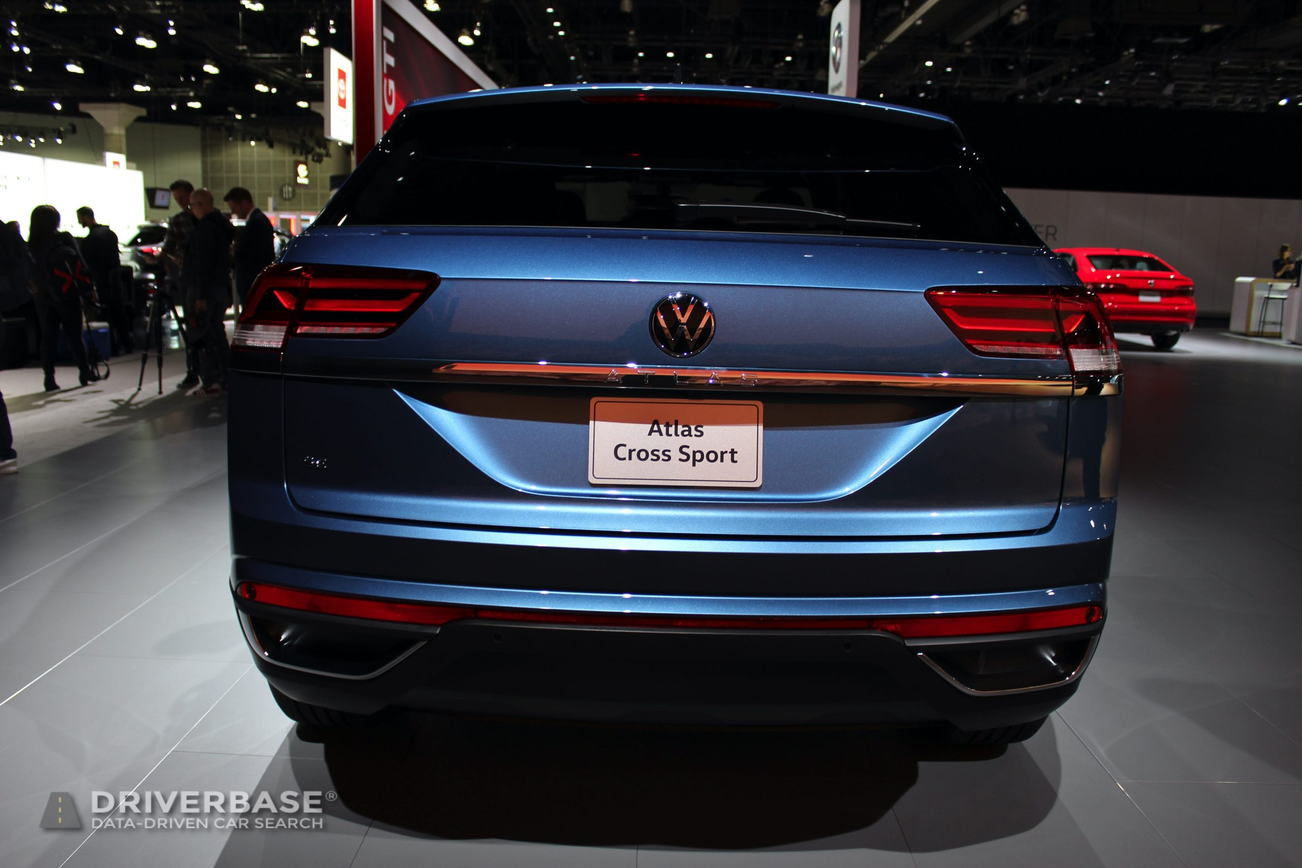 2020 Volkswagen Atlas Cross Sport SE at the 2019 Los Angeles Auto Show